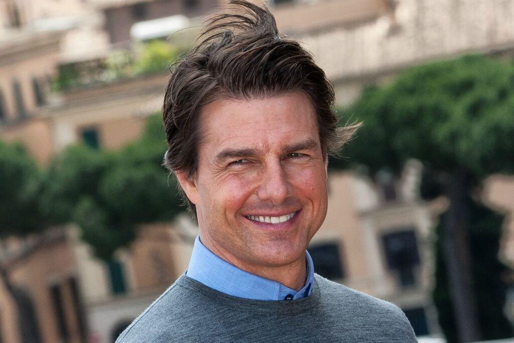 Un primo piano di Tom Cruise