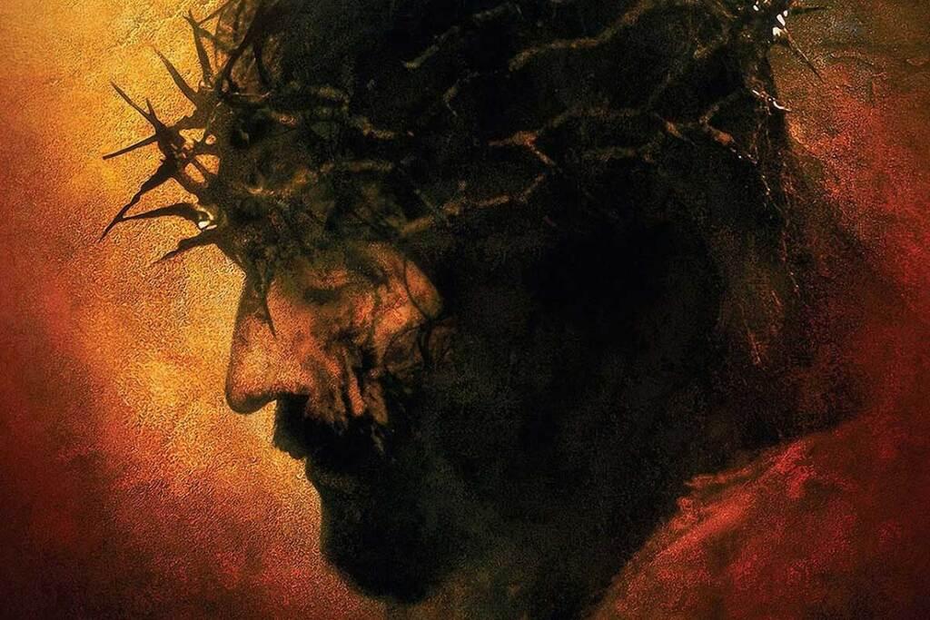 Jim Caviezel nel poster del film La passione di Cristo
