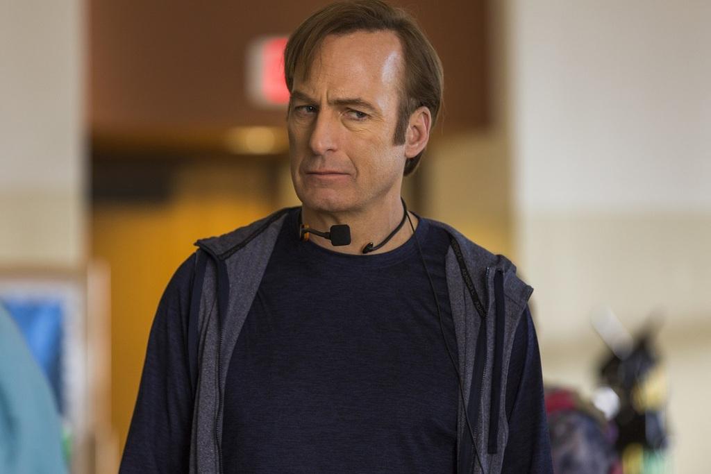 Bob Odenkirk in una scena della serie Better Call Saul