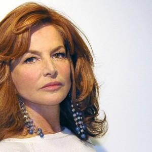 Giuliana De Sio è single? Novella 2000 l'ha paparazzata in compagnia di...