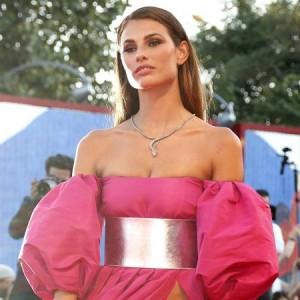 Dayane Mello: i suoi outfit sono sempre più sexy
