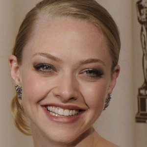Amanda Seyfried: finite on line foto private. Oltre a quelle di un'altra famosa collega...
