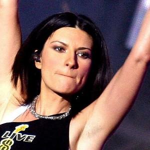 """""""Laura Xmas House Party"""" la terza puntata con la Pausini e Gerry Scotti"""