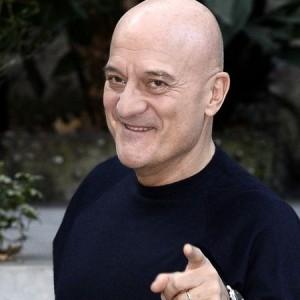 Claudio Bisio, giudice severo in tv ma in famiglia non è lui che comanda