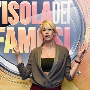 L'Isola dei Famosi 2019, Alessia Marcuzzi c'è e annuncia possibili concorrenti