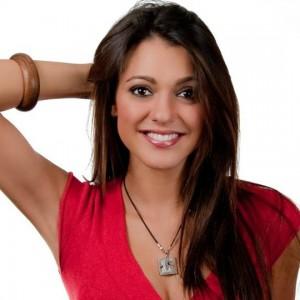 Simona Molinari e la felicità raggiunta. Ecco 9 curiosità su di lei