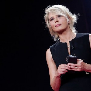 Festival di Sanremo 2018, la controprogrammazione: salta anche C'è posta per te