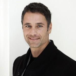 Made in Italy: Raoul Bova sarà Giorgio Armani nella fiction Mediaset