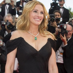 Julia Roberts e Courtney B. Vance nel cast di Ben is Back