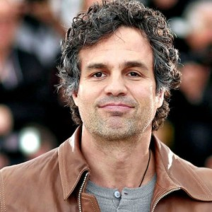 Mark Ruffalo e Kumail Nanjiani nel cast di The True American