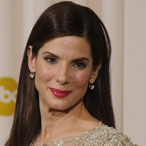 Sandra Bullock interpreterà la senatrice pro-aborto Wendy Davis nel film Let Her Speak