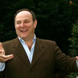 Anche lo Zio Gerry Scotti nel salotto tv di Matrix Chiambretti. Le anticipazioni