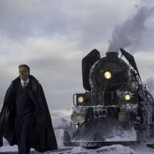 Assassinio sull'Orient Express: Hercule Poirot non ha perso né il suo fascino né il suo acume