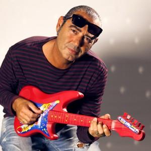 Luca Carboni: il famoso cantante che ha rischiato di diventare un ingegnere...
