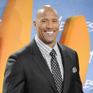 "Dwayne Johnson ed Emily Blunt in un video dal set di di ""Jungle Cruise"""