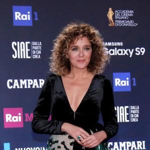 Valeria Golino, l'etichetta di (ex) fidanzata di Scamarcio: ma dietro c'è molto di più