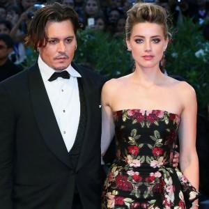 Amber Heard rischia la prigione: si complica il processo contro l'ex marito Johnny Depp