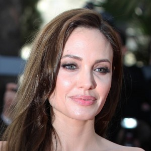 "Angelina Jolie protagonista del thriller ""The Kept"""