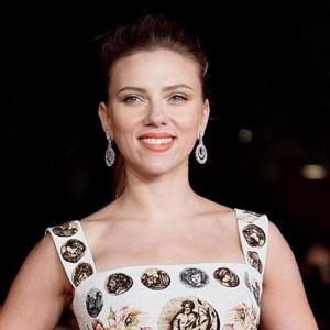 Rub & Tug: Scarlett Johansson criticata per aver scelto un ruolo di una transgender