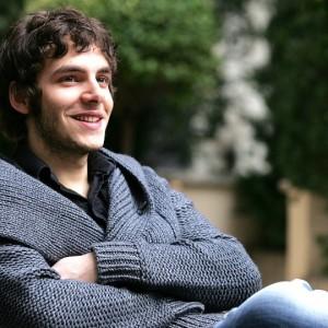 Alessandro Sperduti: una passione per la recitazione fin da bambino
