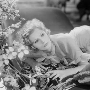 Greta Garbo, la biografia di una delle stelle più enigmatiche di Hollywood