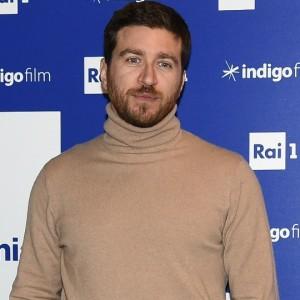 Alessandro Roja: scopri alcune curiosità dell'attore delle fiction tv