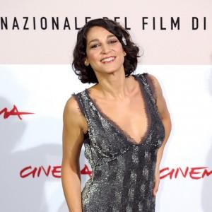 Alla toga di avvocato ha preferito il mestiere dell'attrice, ecco chi è Donatella Finocchiaro