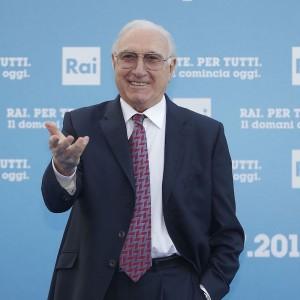 Pippo Baudo: una vera icona della tv italiana a cui molti devono il successo