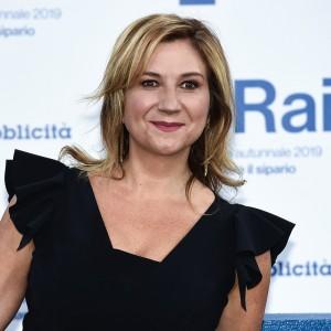 Alla scoperta di Serena Bortone la giornalista che ha ideato e dirige il programma tv, Agorà
