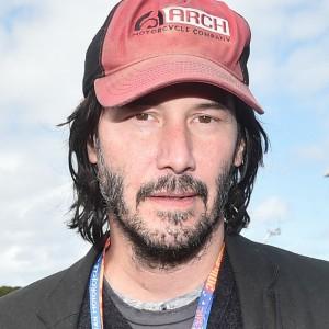 Keanu Reeves irriconoscibile nella foto dal set di 'Bill & Ted 3'
